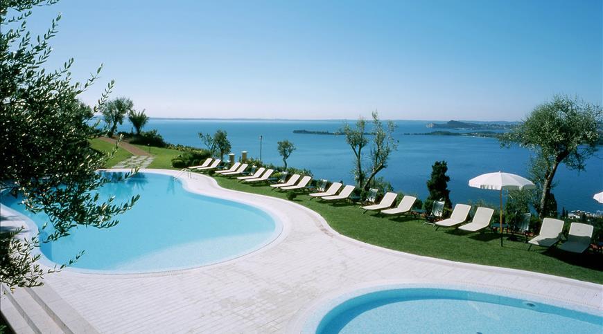 Residence Borgo degli Ulivi **** - Gardone Riviera (BS) - Lombardia