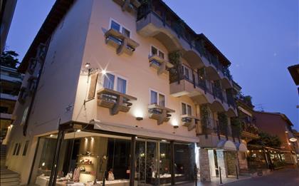 Hotel Mavino ***