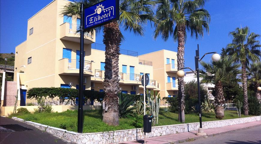 Hotel Elihotel **** - Sant'Alessio Siculo (ME) - Sizilien