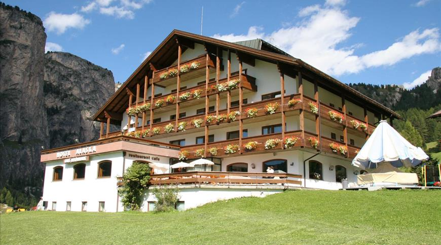 Hotel Alaska ***S - Selva di Val Gardena (BZ) - Trentino Alto Adige
