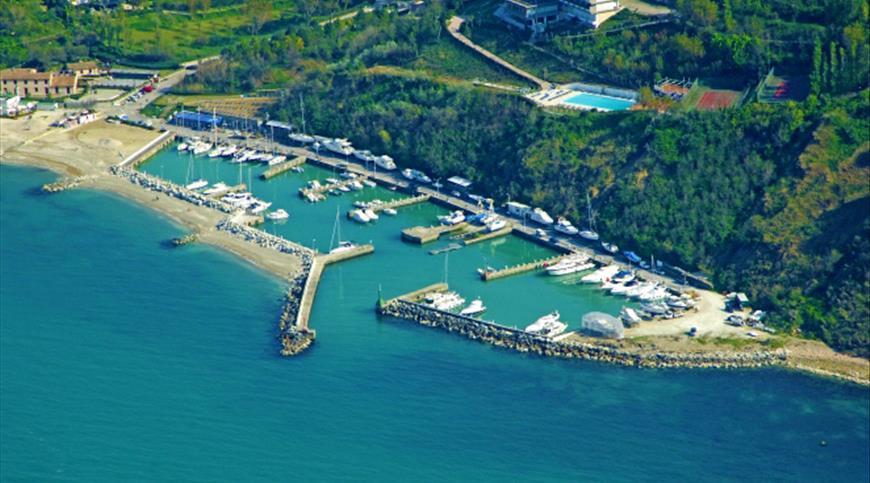 Hotel Capo Est **** - Gabicce Mare (PU) - Marche