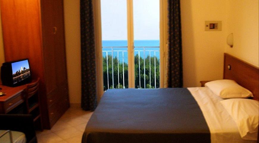 Hotel Blu Resort *** - Pineto (TE) - Abruzzo