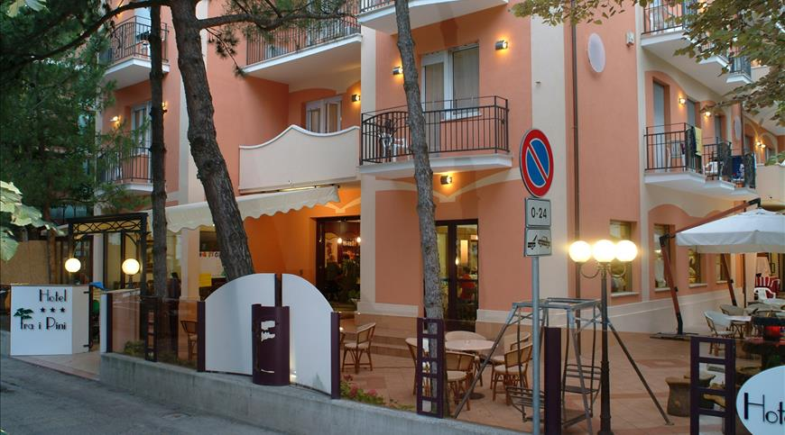 Hotel Fra i Pini *** - Viserbella (RN) - Emilia Romagna