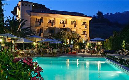 Hotel Caserta Antica ***