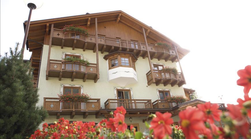 Hotel Almazzago ***S - Commezzadura (TN) - Trentino Alto Adige