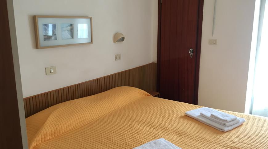 Hotel Kariba ** - Viserba di Rimini (RN) - Emilia Romagna