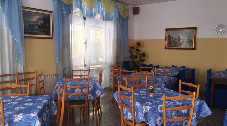 Etagenbett Ignas : Hotel silvana rimini rn emilia romagna ignas tour de