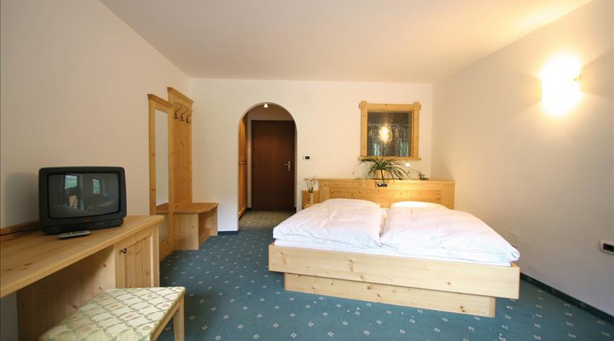 Hotel natur aktiv rainhof senales bz trentino alto for Centro di lewis della cabina della pizza