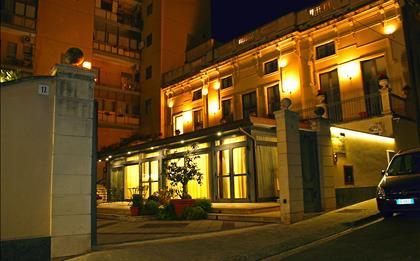 Hotel Residence Villa Cibele ****