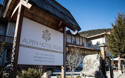 Hotel Alpen Eghel ***S