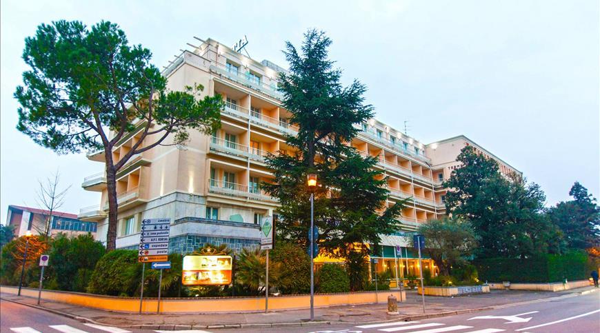 Hotel Terme Helvetia  **** - Abano Terme (PD) - Venetien