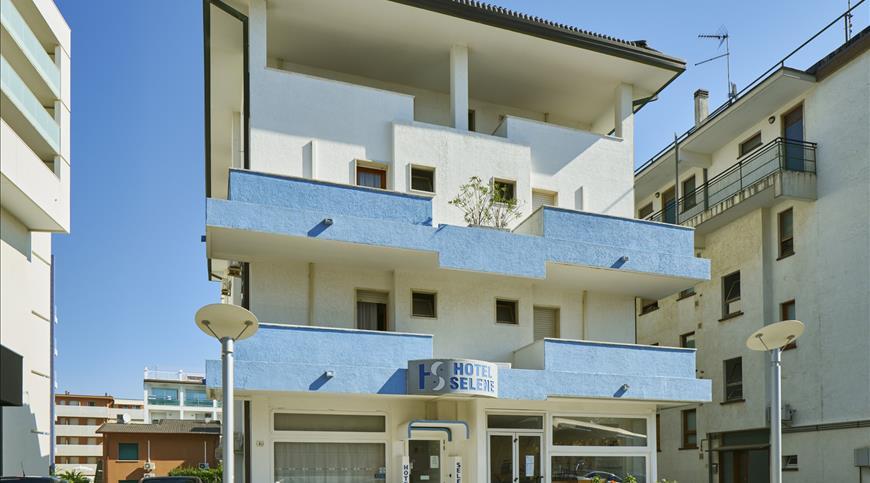 Hotel Selene ** - Lignano Sabbiadoro (UD) - Friuli Venezia Giulia