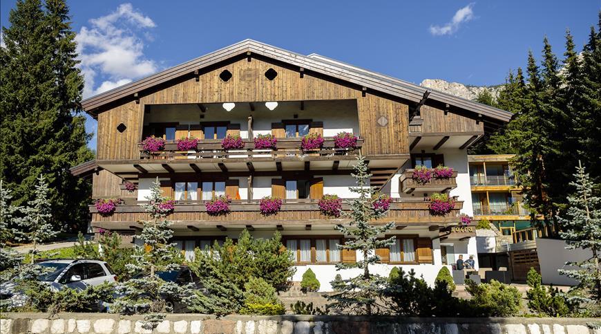 Hotel Lajadira **** - Cortina d'Ampezzo (BL) - Veneto