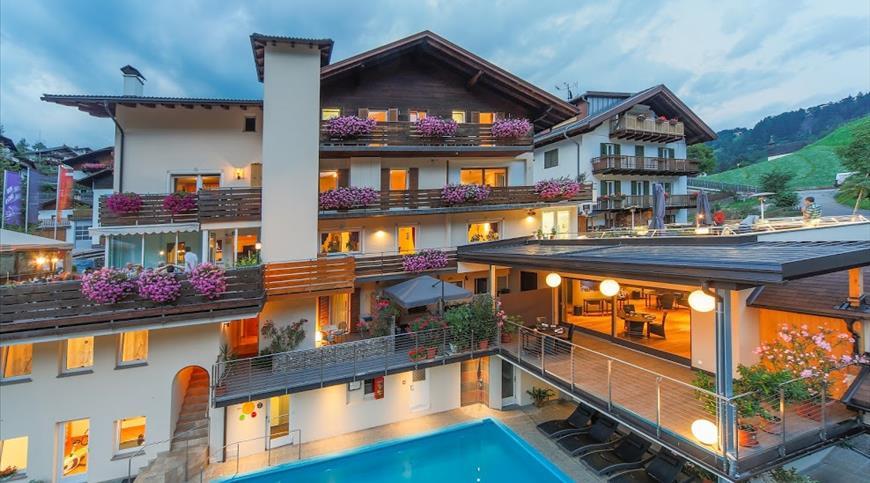 Hotel Berghang *** - Cornedo all'Isarco (BZ) - Trentino Alto Adige