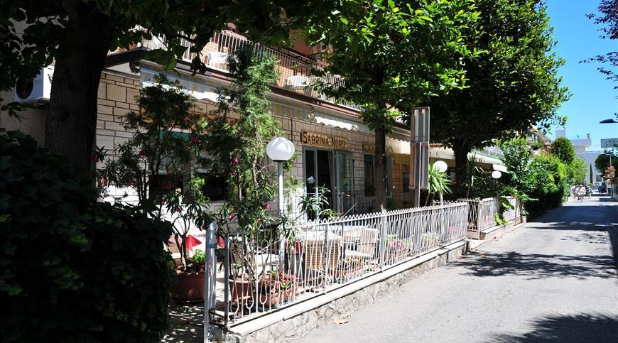 Hotel Sabrina Nord ** - Viserba di Rimini (RN) - Emilia Romagna