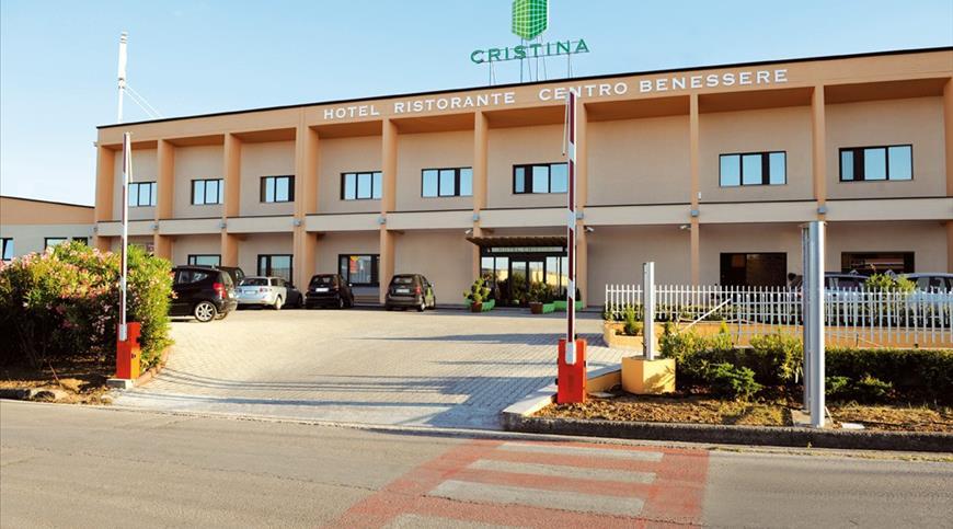 Hotel Cristina **** - Rocca San Giovanni (CH) - Abruzzen