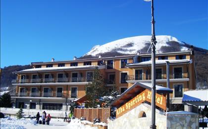 Hotel Alba Sporting ***