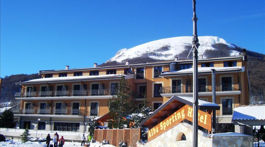 Hotel Alba Sporting *** - Rocca di Mezzo (AQ) - Abruzzen
