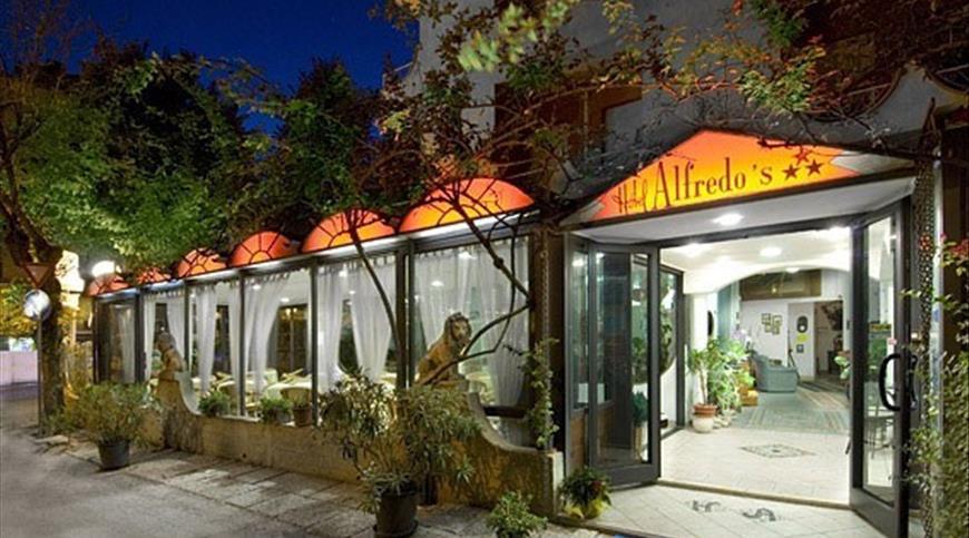 Hotel Alfredo's *** - Rivazzurra (RN) - Emilia Romagna