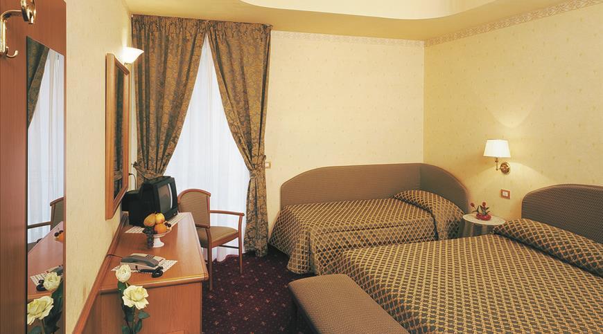 Hotel Aurora *** - Misano Adriatico (RN) - Emilia Romagna