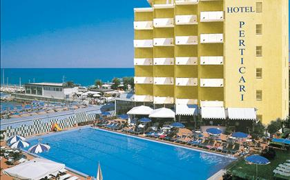 Hotel Perticari ***S