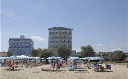 Hotel Gabbiano ***