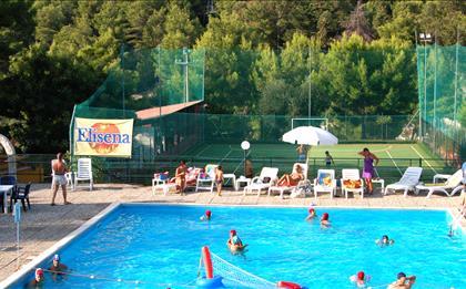Villaggio Elisena ***
