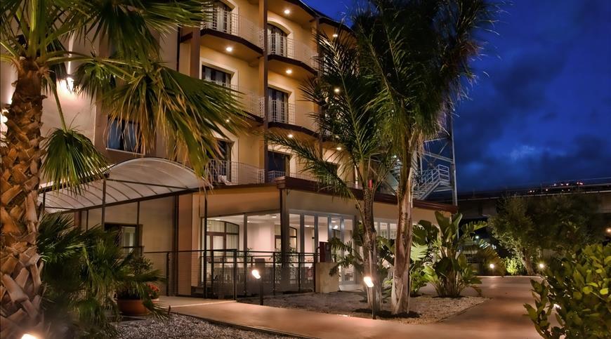 Hotel Viola Palace **** - Villafranca Tirrena (ME) - Sicilia