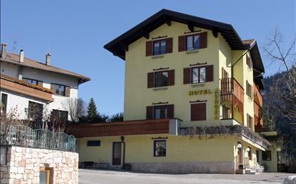 Hotel Aurora ***