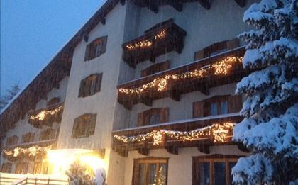 Hotel Lares ***