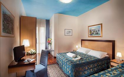 Hotel Aris ***S