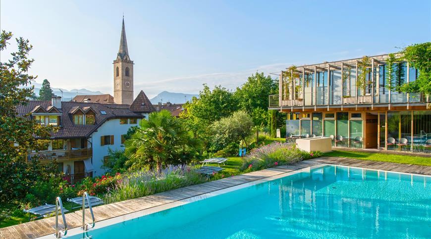 Hotel Goldener Stern **** - Caldaro sulla Strada del Vino (BZ) - Trentino Alto Adige