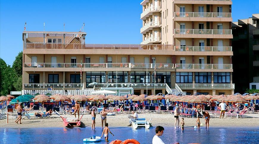 Hotel Astoria *** - Pesaro (PU) - Marche