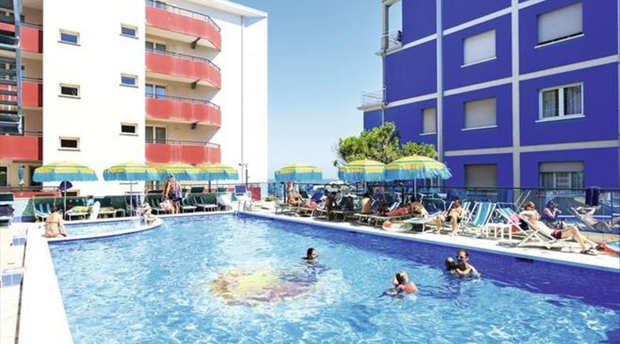 Hotel kennedy jesolo ve veneto ignas tour for Piscina kennedy